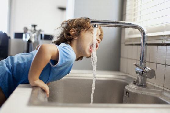Cuidado com o desperdício de água