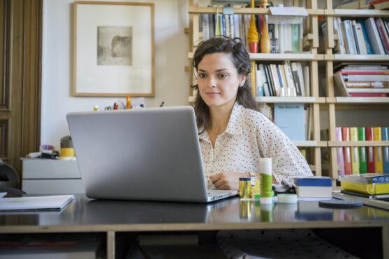 Faça home office em um lugar adequado